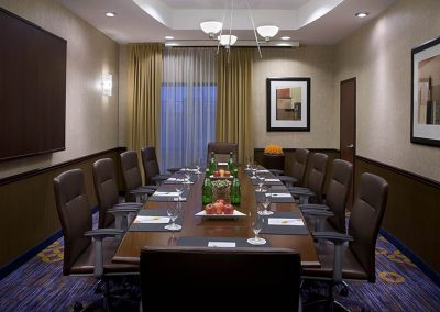 Courtyard Marriott Brampton Boardroom 9245L